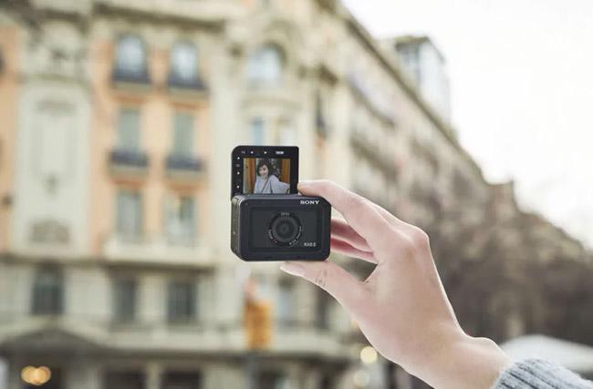 sony rx0 ii selfie